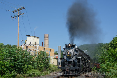 Photo 3483 Nickel Plate Road 765; Delaware Water Gap, Pennsylvania September 7, 2015