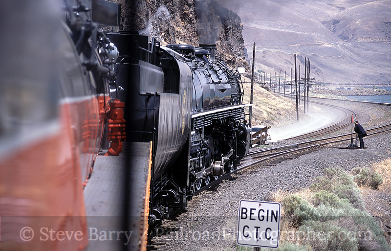 Photo 0882<br /> Spokane, Portland & Seattle 700<br /> Wishram, Washington<br /> July 6, 2005