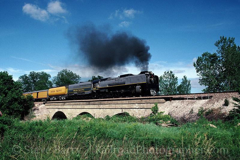 Photo 0524<br /> Union Pacific 844; Hillsboro, Illinois<br /> June 1990