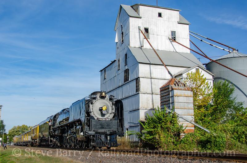 Photo 3974<br /> Union Pacific 844; Levasy, Missouri<br /> October 17, 2016