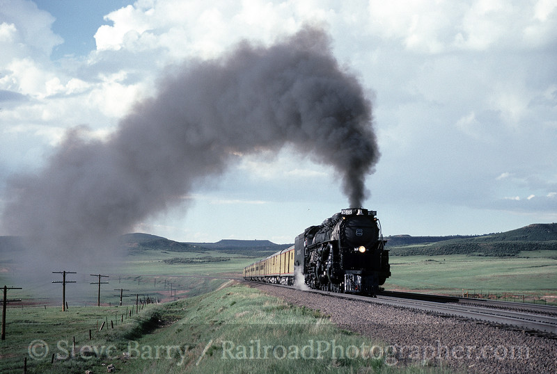 Photo 1535<br /> Union Pacific 3985; Sherman Hill, Wyoming
