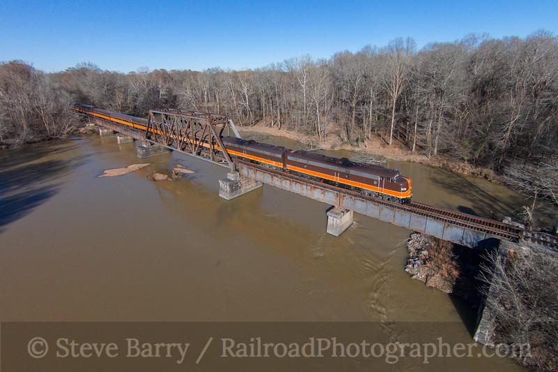 Photo 3653<br /> Iowa Pacific; Batesville, Mississippi<br /> January 29, 2016