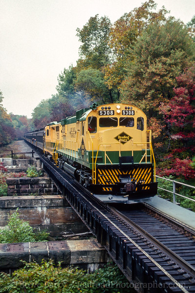 Photo 4461<br /> Reading, Blue Mountain & Northern<br /> Drehersville, Pennsylvania<br /> October 1988
