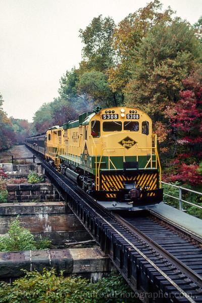 Photo 4461<br /> Reading, Blue Mountain & Northern<br /> Drehersville, Pennsylvania<br /> October 1988