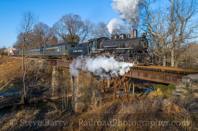 Photo 5428<br /> Black River & Western<br /> Copper Hill Trestle, Ringoes, New Jersey<br /> December 23, 2018