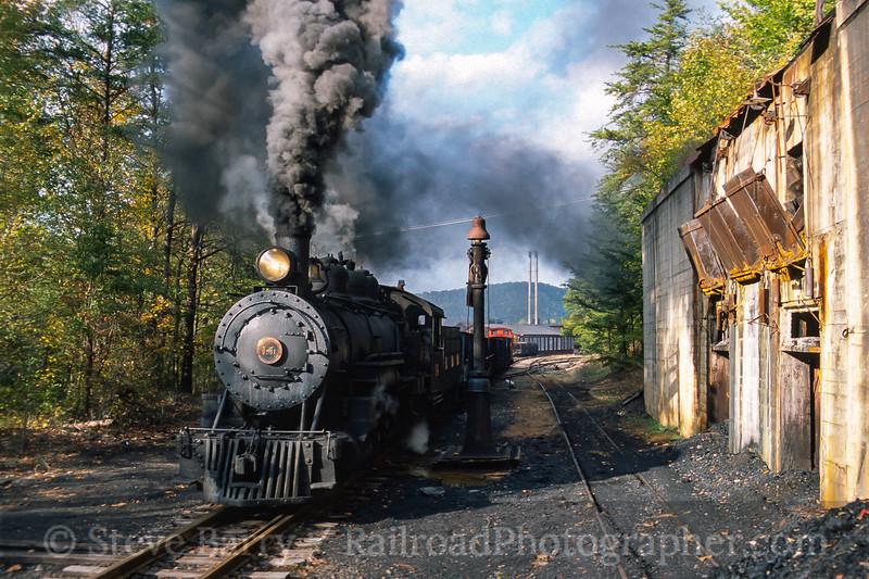 Photo 4450<br /> East Broad Top<br /> Rockhill Furnace, Pennsylvania<br /> October 2002