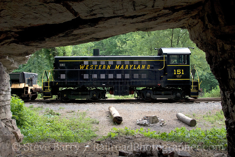 Photo 1557<br /> Middletown & Hummelstown; Horse Thief Cave, Hummelstown, Pennsylvania<br /> July 19, 2009