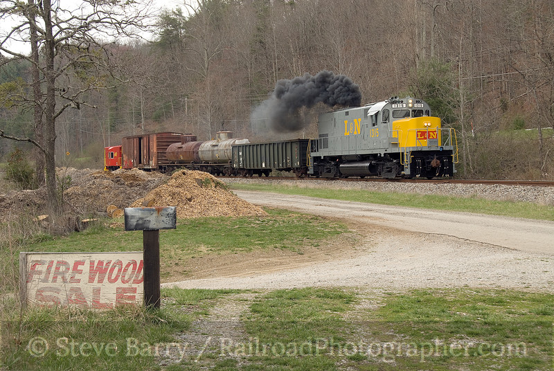 Photo 1453<br /> Secret City Scenic; Blair, Tennessee<br /> March 21, 2009