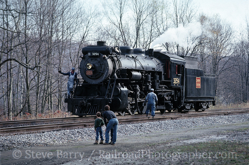 Photo 1502<br /> Canadian National 3254; Kingsley, Pennsylvania