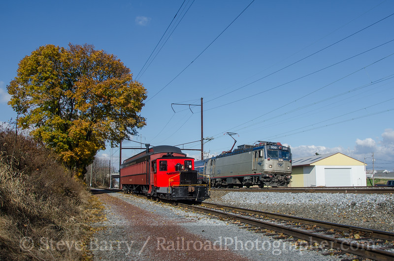 Photo 2834<br /> Strasburg Rail Road and Amtrak; Leaman Place Junction, Pennsylvania<br /> November 8, 2013