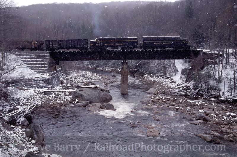 Photo 0580<br /> West Virginia Central; Elk River Junction, Bemis, West Virginia<br /> April 24, 2005