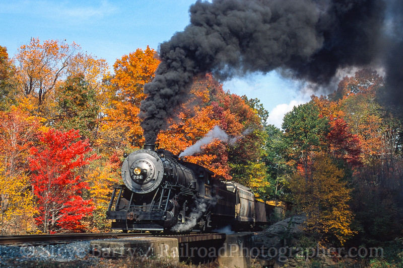 Photo 4534<br /> Western Maryland Scenic<br /> C&P Bridge No. 2, Frostburg, Maryland<br /> October 2000