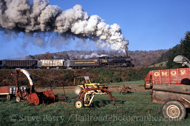 Photo 0577<br /> Western Maryland Scenic; Helmstetter's Curve, Cumberland, Maryland<br /> October 2003