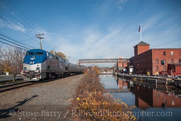 Photo 3255 Amtrak; Windsor Locks, Connecticut November 10, 2014