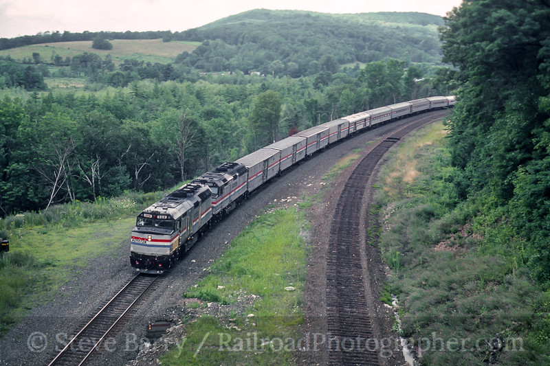 Photo 5602<br /> Amtrak<br /> State Line Tunnel, Canaan, New York<br /> August 1990