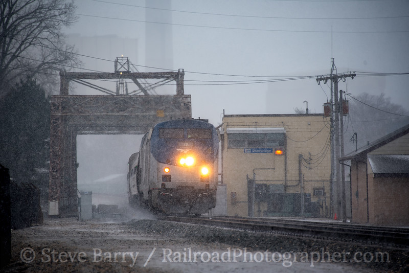 Photo 4642<br /> Amtrak<br /> Drawbridge Tower, Michigan City, Indiana<br /> April 16, 2018