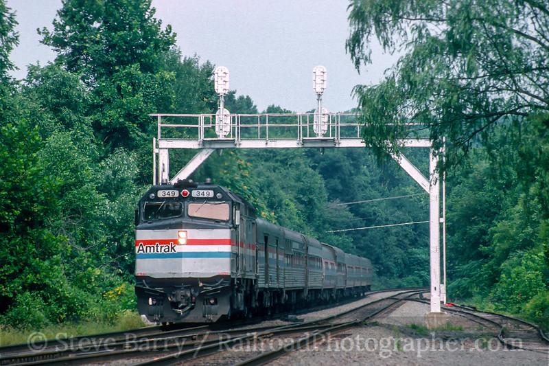 Photo 5470<br /> Amtrak<br /> Clifton, Virginia<br /> September 1992