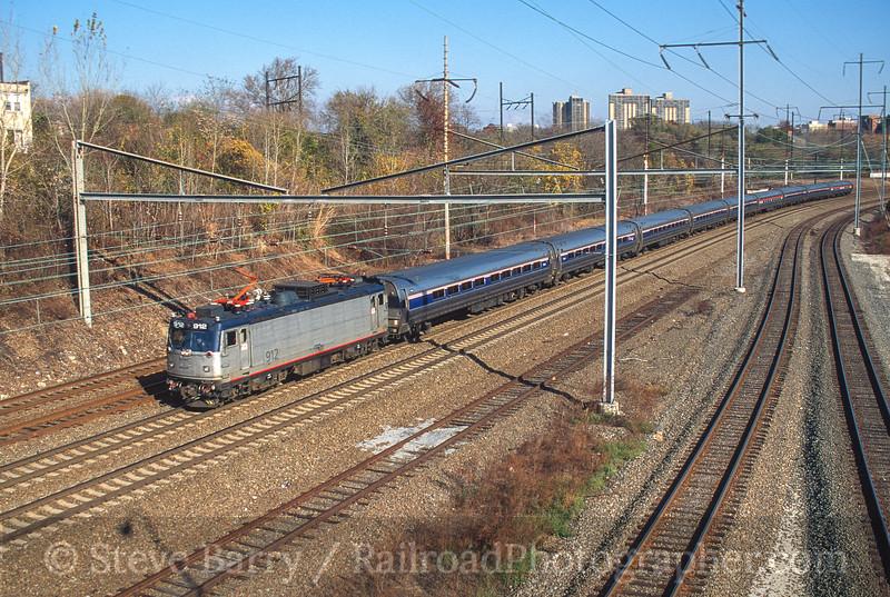 Photo 3770<br /> Amtrak; Grays Ferry Avenue, Philadelphia, Pennsylvania<br /> November 2000