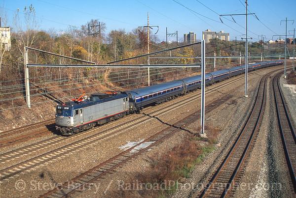 Photo 3770 Amtrak; Grays Ferry Avenue, Philadelphia, Pennsylvania November 2000