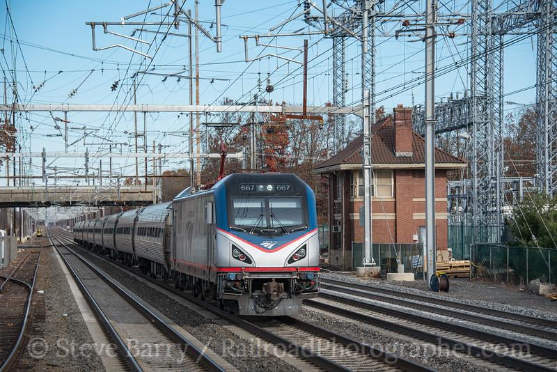 Photo 4428<br /> Amtrak<br /> Princeton Junction, New Jersey<br /> November 26, 2017