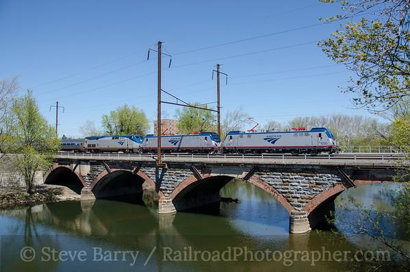 Photo 3748 Amtrak; Middletown, Pennsylvania April 20, 2016