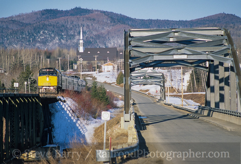 Photo 4172<br /> VIA Rail Canada; Grande-Cascapedia, Quebec<br /> April 2001