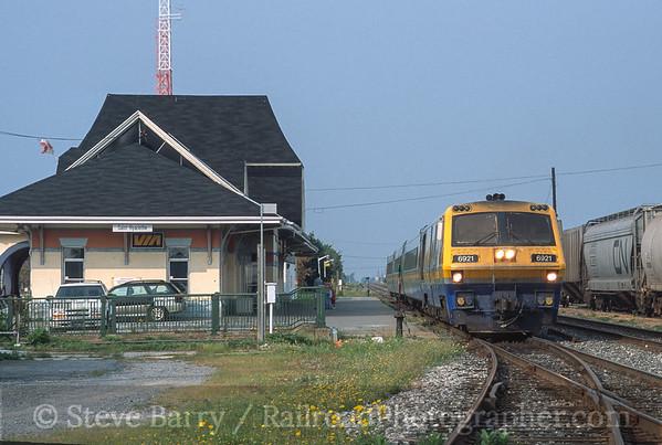 Photo 3581 VIA Rail Canada; Saint-Hyacinthe, Quebec September 9, 2001