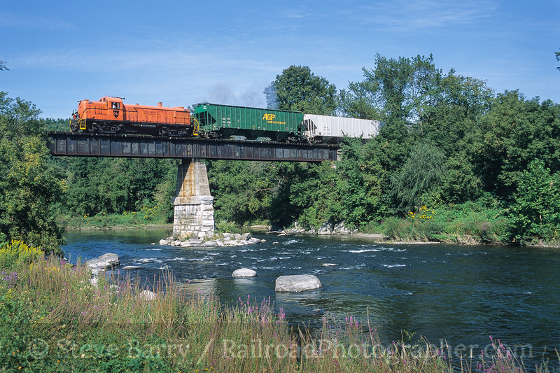 Photo 3791<br /> Batten Kill; Eagle Bridge, New York<br /> September 2003