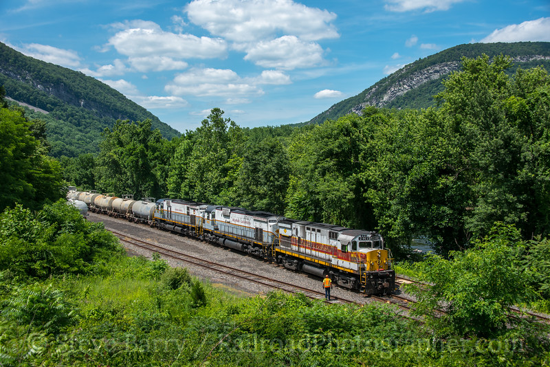 Photo 4998<br /> Delaware Lackawanna<br /> Slateford Junction, Pennsylvania<br /> June 26, 2018