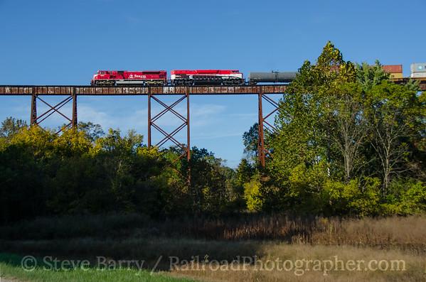 Photo 3964 Indiana Rail Road; Tulip Trestle, Tulip, Indiana October 13, 2016