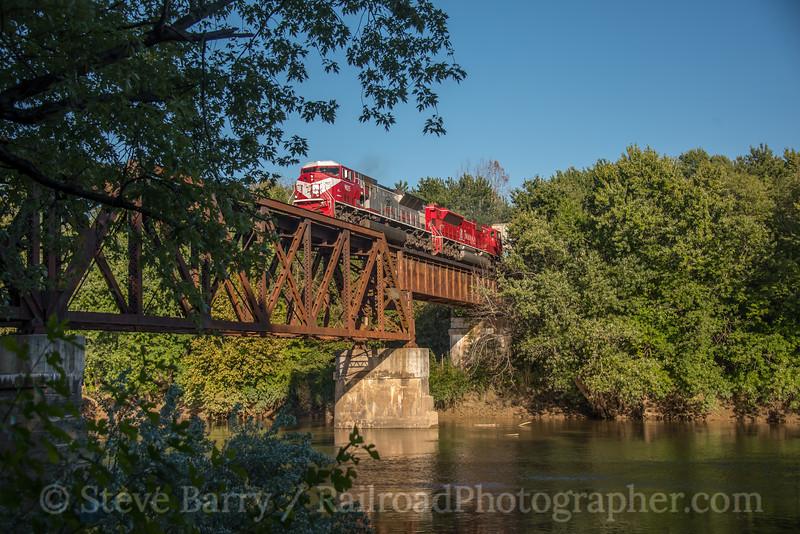 Photo 5286<br /> Indiana Rail Road<br /> Elliston, Indiana<br /> September 30, 2018