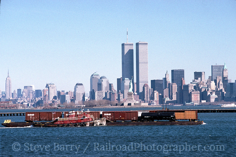 Photo 0416<br /> New York Cross Harbor; New York, New York (viewed from Greenville, New Jersey)<br /> February 17, 2000
