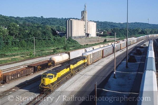 Photo 3582 Indiana & Ohio; Cincinnati, Ohio August 2001