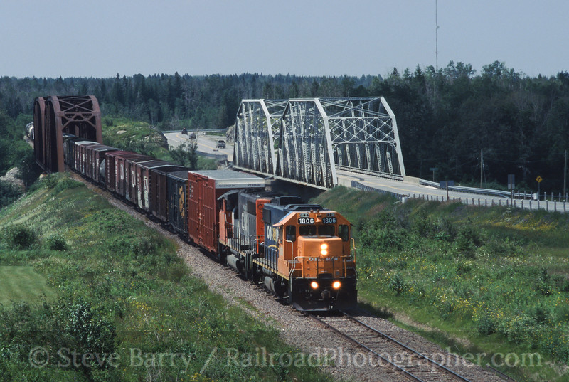 Photo 0432<br /> ON Rail; Groundhog River Bridge, Fauquire, Ontario<br /> July 14, 2004