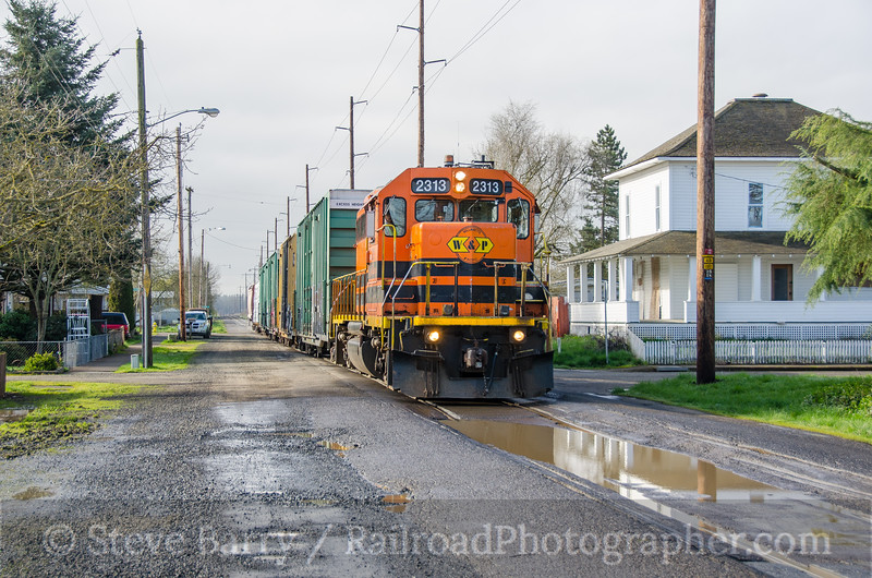 Photo 3708<br /> Portland & western; Harrisburg, Oregon<br /> March 17, 2016