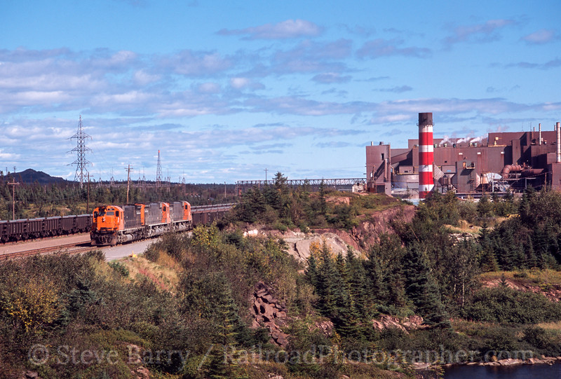 Photo 2421<br /> Quebec Cartier Mining; Port Cartier, Quebec<br /> September 2001