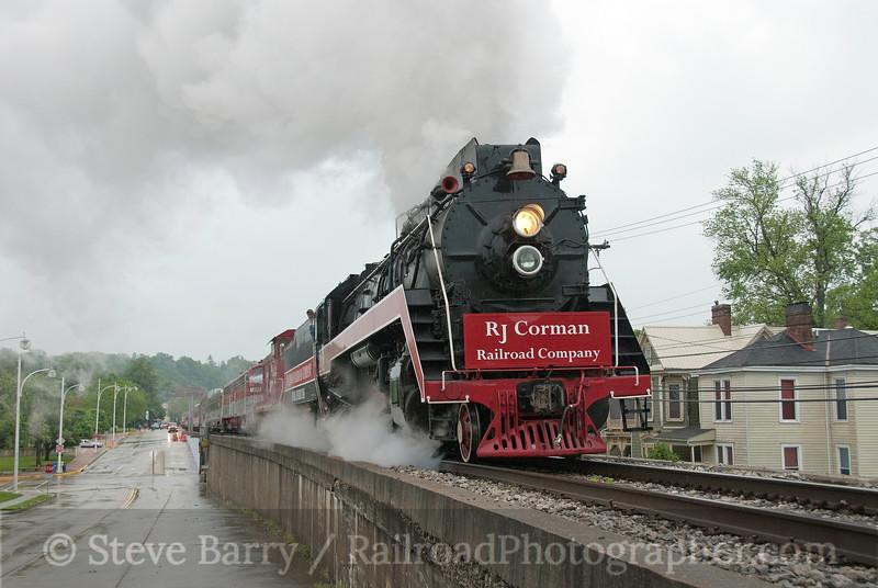 Photo 1867<br /> R.J. Corman; Lexington, Kentucky<br /> May 1, 2010