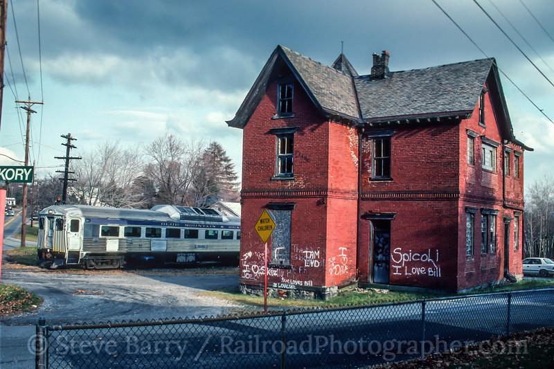 Photo 5084<br /> Reading, Blue Mountain & Northern<br /> Delano, Pennsylvania<br /> November 1992