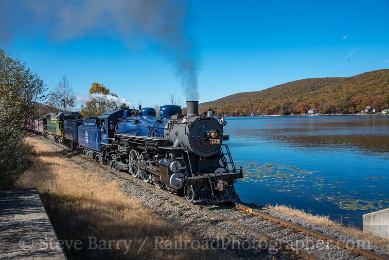 Reading & Northern; Lake Hauto PA; 10/19/19