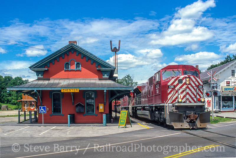 Photo 5394<br /> Vermont Rail System<br /> Chester, Vermont<br /> July 2000
