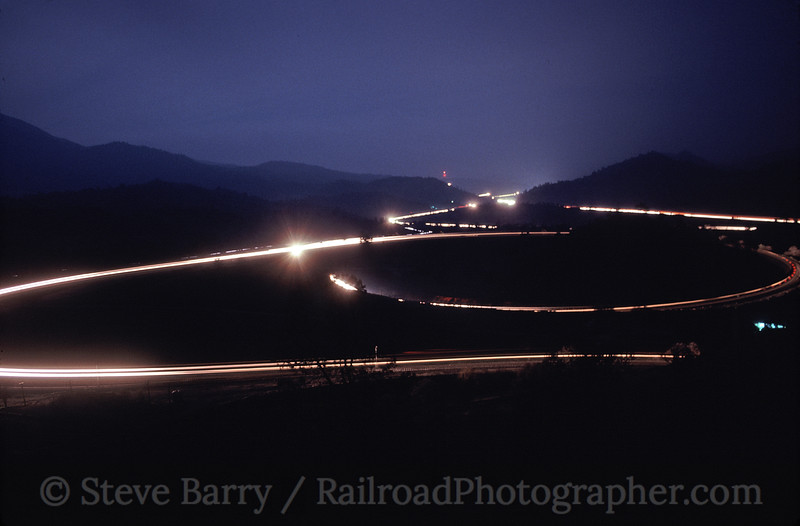 Photo 1155<br /> Tehachapi Loop; Walong, California<br /> March 2003