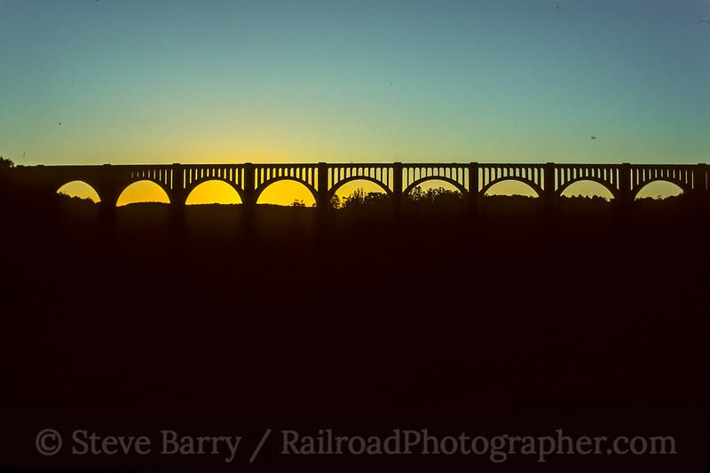 Tunkhannock Viaduct; Nicholson PA; 10/1990