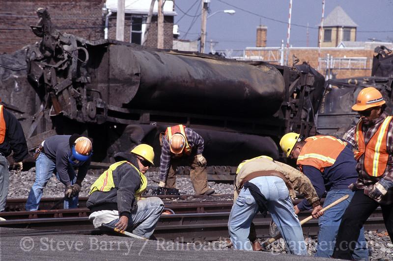 Photo 1309<br /> CSX Transportation; Deshler, Ohio<br /> May 2002<br /> Not For Sale