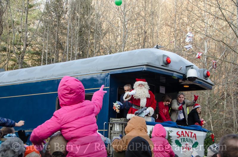 Photo 3262<br /> CSX Santa Train; Haysi, Virginia<br /> November 22, 2014