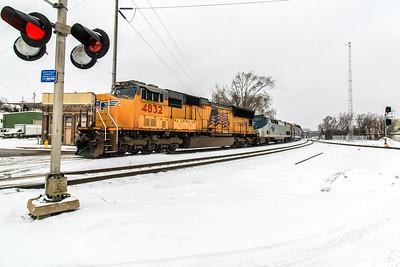UP4832 leads a very late Amtrak #6 , California Zephyr, from Omaha, NE.