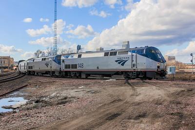 Amtrak #6 detours onto Union Pacific.
