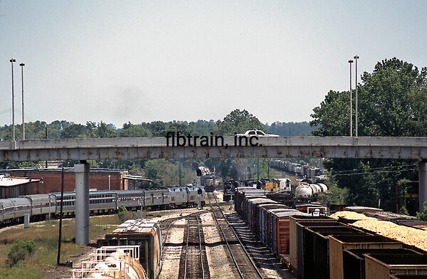 AM2006040037 - Amtrak, Meridian, MS, 4/2006