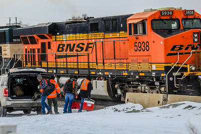 BNSF5938 undergoes a crew change at Ashland, NE.