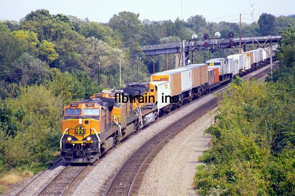 BNSF1999090115 - BNSF, Aurora, IL, 9/1999