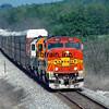 BNSF2000050020 - BNSF, Mountain Grove, MO, 5/2000